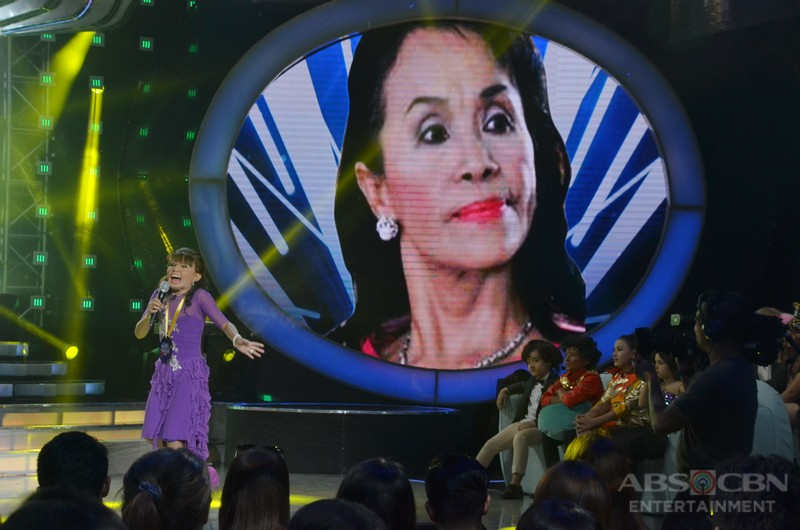 WEEK 1 Winner: Awra Briiguela as Mommy Dionisia Pacquiao